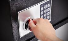 safe-opening-omaha-locksmith-services.jpg